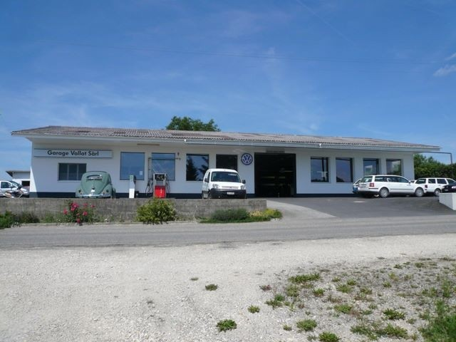 Garage vallat s rl commune de bure for Garage des communes acheres